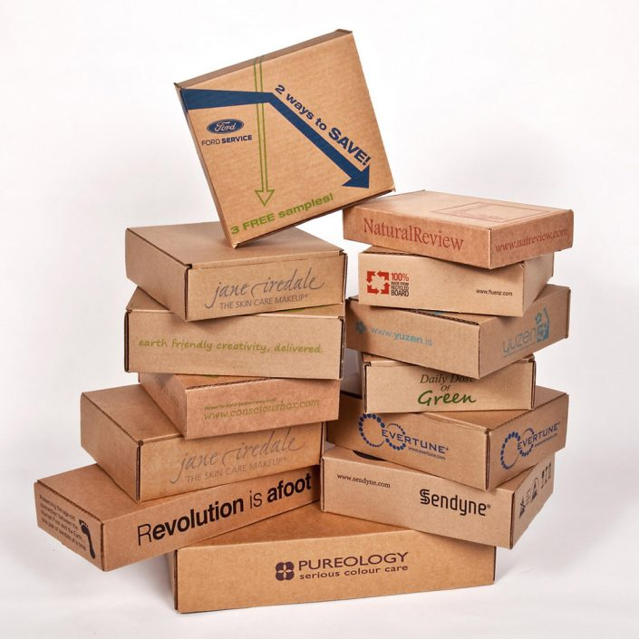 packing of packaging boxes, production of parcels, packing of parcels, packing of packaging parcels